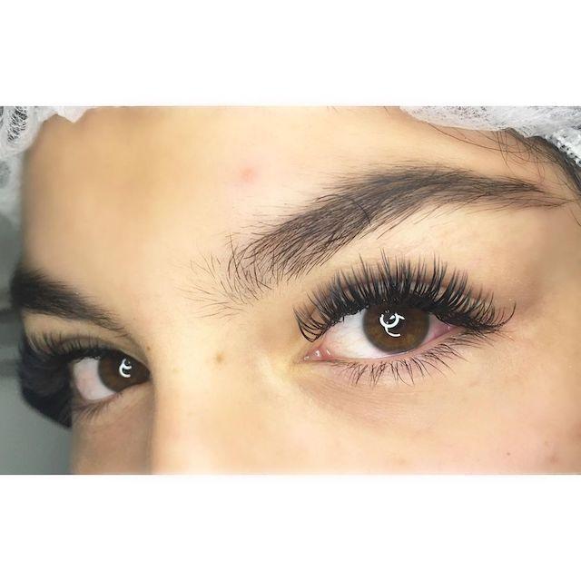 maquillaje extensiones de pestañas